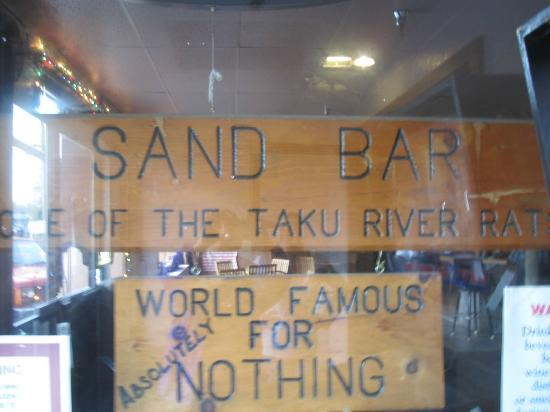 Sand Bar and Grill: One has to look for the sign as it's not in view from the street