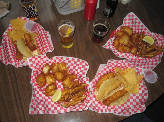 Sand Bar and Grill: Halibut Tacos and fish & chips goo well with Alaska brew