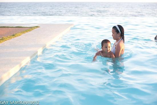 Kuting Reef: Infinity Pool