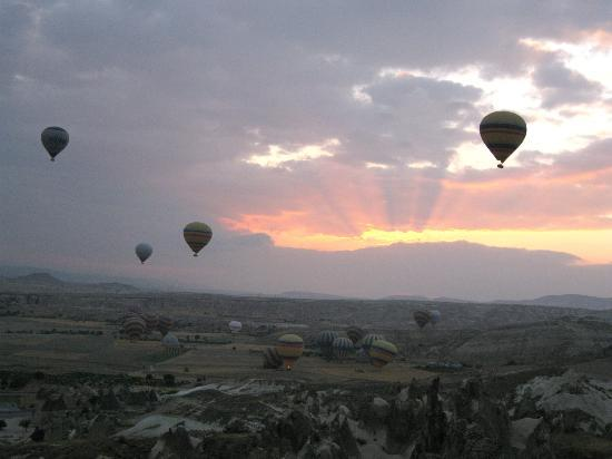sun rays - Picture of Urgup Hot Air Balloons, Goreme ...