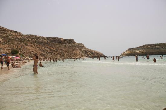 Spiaggia dei Conigli: colori del mare non proprio caraibici