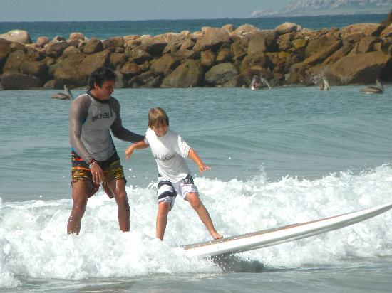 Hotel La Quinta del Sol: Surfing with Jose by the Hotel's Beach Club