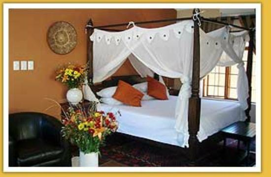 African Roots Guest House: King Room
