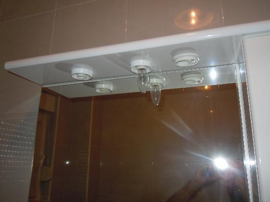 Illuminazione specchio bagno picture of villa luciana donji