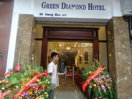 Green Diamond Hotel: Exterior