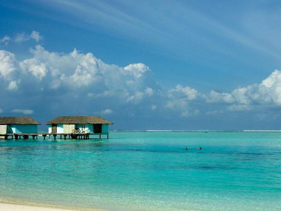 Cinnamon Dhonveli Maldives : Overwater bungalow