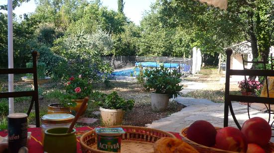 La Fontaine de Cadassi : breakfast+swimming pool