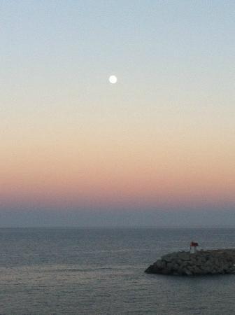 Hotel Cyrnea: coucher de soleil à Bastia