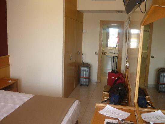 Hotel Galeon: vue de la chambre