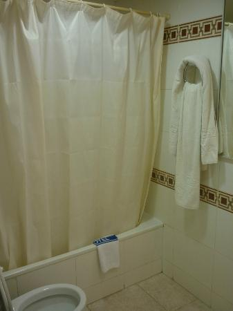 Hotel Galeon: salle de bain