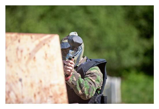 Holmbush Paintball: I've got you in my sights!