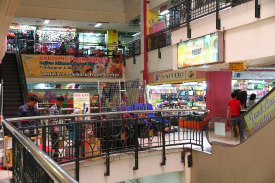 Pasar Baru Mall - Picture of Pasar Baru Trade Center 362ec8dff7