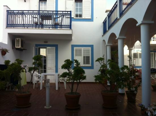 Patios da Vila- Boutique Apartments: Patio