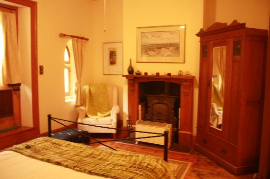 Mellers of Auburn Cafe and Accommodation : bedroom