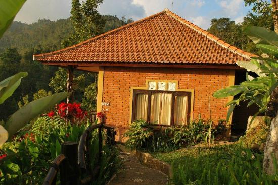 Melanting Cottages & Restaurant: Le bungalow family