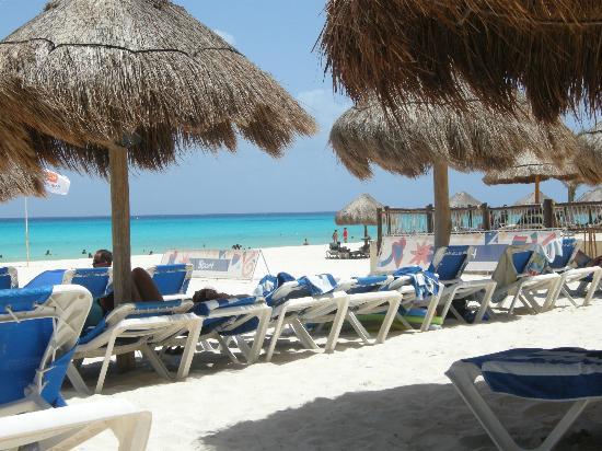 Viva Wyndham Azteca: la spiaggia