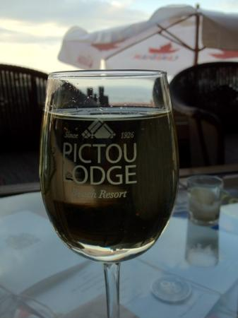 Pictou Lodge Beachfront Resort: where the wine meets the sky!