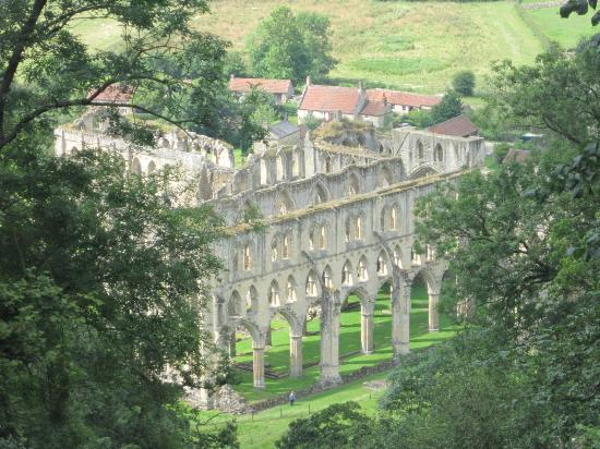 Yorkshire Terrace: Picture Of Rievaulx Terrace And