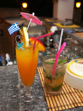 Liapades Beach Hotel: Cocktails