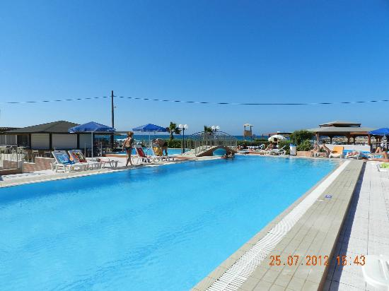 Hotel Astir Beach: Pool