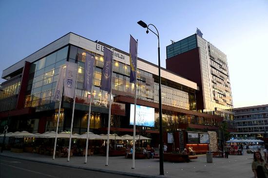 Босния и Герцеговина: BBI shopping center in Sarajevo