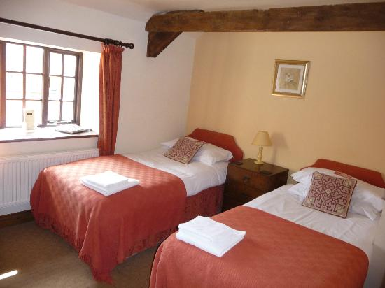 The Moors Inn: Twin en-suite room