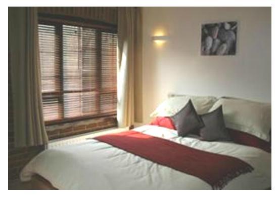 The Hogs Head Hotel: Room 12