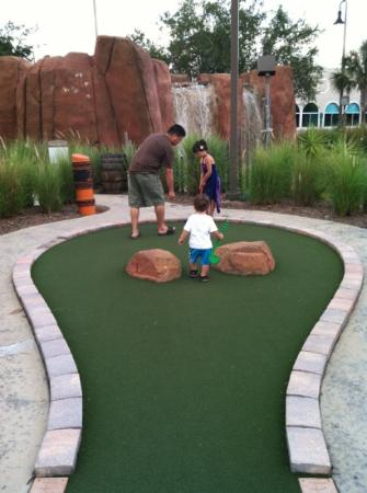 Mighty Jungle Golf, LLC: grassy course