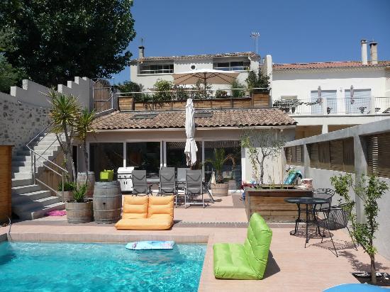 Petit Hotel Marseillan: Ansicht Poolterasse