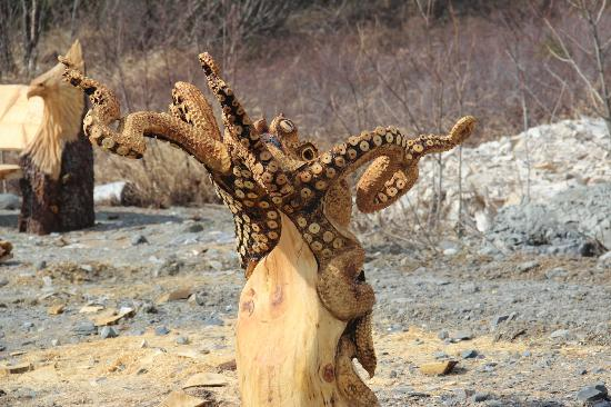 Intricate wood carvings picture of alaska s finest tours