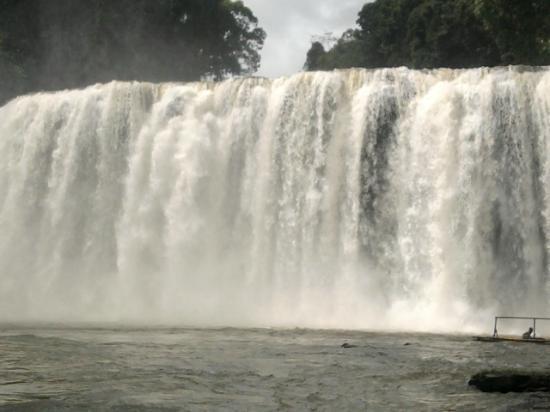 Bislig, Filippinerne: waterfalls