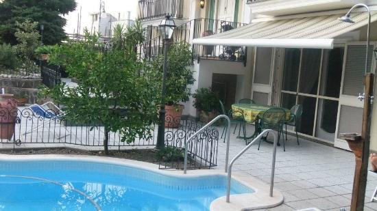 Villa Adriana Guesthouse Sorrento: Giardino