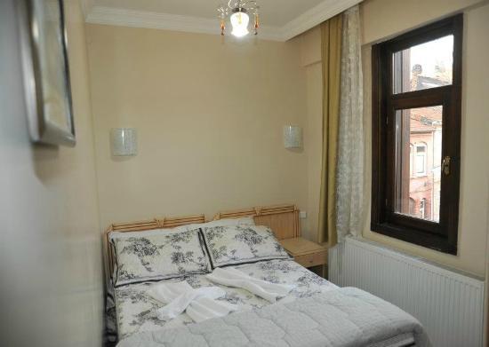 Rozin Hotel : room