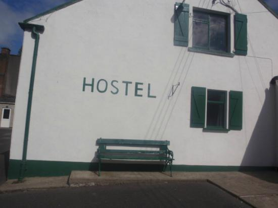 Campbell's Holiday Hostel : outside area