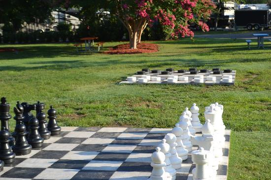 Nashville KOA: Chess and Checkers