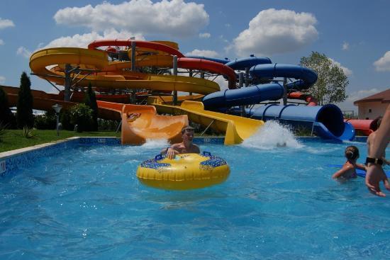 Aqua Nevis Clubhotel: Giant Slide