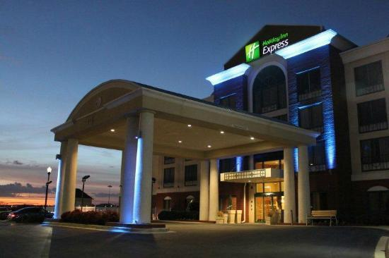 Holiday Inn Express Hotel and Suites: Holiday Inn Express Irondale