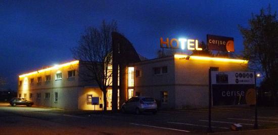 Balladins Bethune : L'hôtel