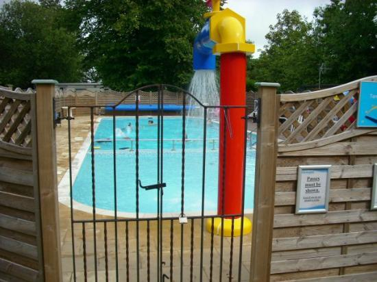 Beauport Holiday Park - Park Holidays UK: pool