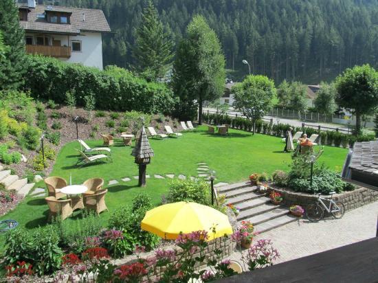 Hotel Christeinerhof: vista dalla mia camera