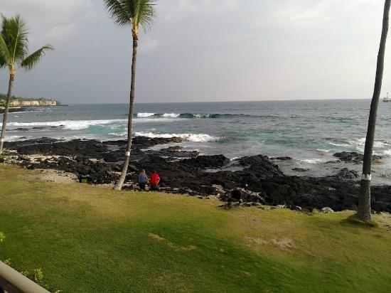 Kona Reef Resort: View from deck