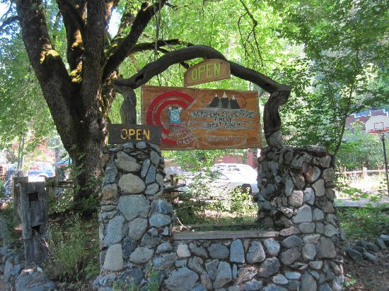 Coffee Creek Ranch: Entrance to the ranch