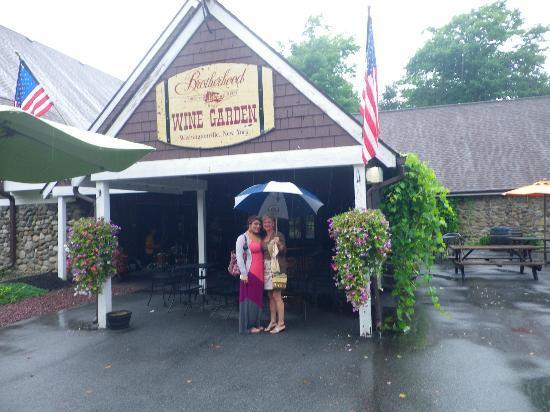 Brotherhood - America's Oldest Winery: Entrance to tasting room/wine shop