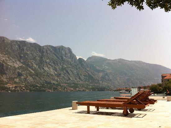 Art Hotel Galathea: Zen beach terrace