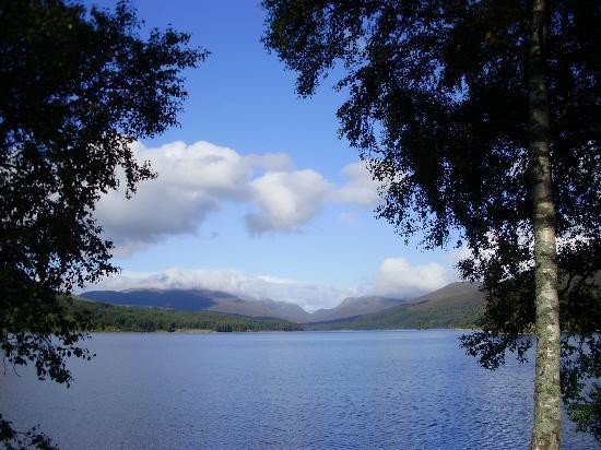 Loch Ossian Youth Hostel: Loch Ossian