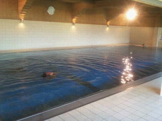 CLC Alpine Centre: la piscina