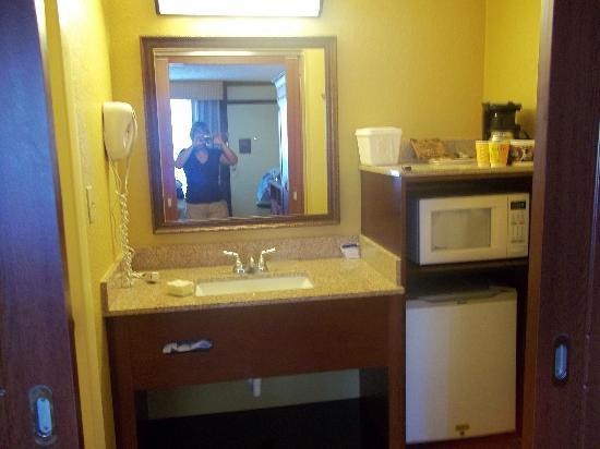 Kitchen Picture Of Rosen Inn At Pointe Orlando Orlando Tripadvisor
