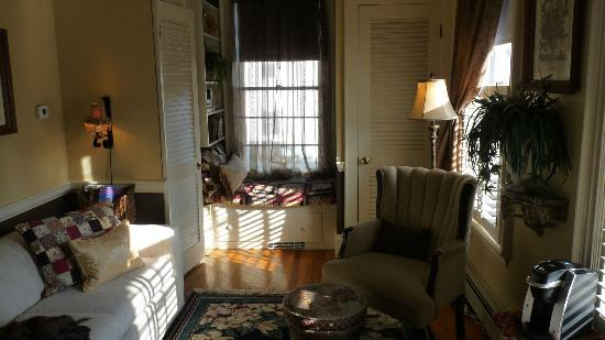 PineCrest Inn: The Stoningham, 1st Floor Suite
