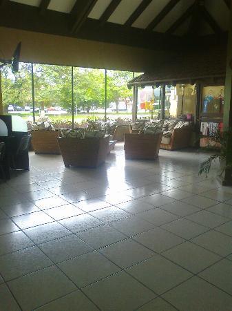 BEST WESTERN El Sitio Hotel & Casino: Lobby