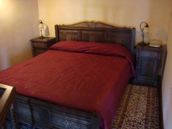 Porto del Colombo Hotel : Bed